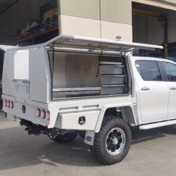 2016 SR5 Duel Cab Toyota Hilux