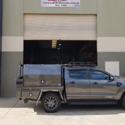 Ford Ranger FX4 Tray and Toolboxes